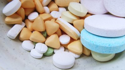 El abuso de medicamentos recetados puede dañar la salud y conducir a una adicción.