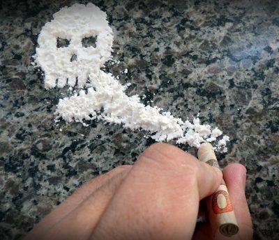 Para dejar la coca es fundamental pedir ayuda a un centro especializado en adicciones