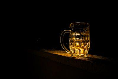 Dejar de beber alcohol con terapia es más sencillo y efectivo.